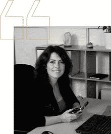 Laura, Barcelone / Directeur Paie et Administration du personnel / DISTRIBUTION