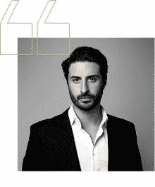 Christophe/ France/ Directeur Commercial/ Assurance